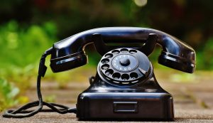 phone-old-year-built-1955-bakelite-163007